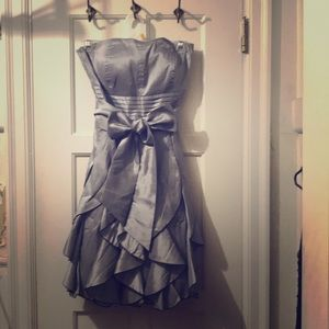 Amazing silver strapless party dress
